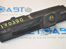 Кнопка открытия двери багажника с подсветкой Ford Focus mk3 13-18 с камерой скол на. ..