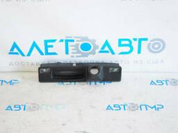 Кнопка открытия двери багажника с подсветкой номера и под камеру Ford Focus mk3 11-18. ..