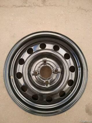 Колесный диск стальной Hyundai Хюндай Акцент. Гетс