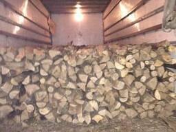 Колотые дрова акации и др. , метровые. чурками, не дорого