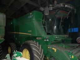 Комбайн зернозбиральний John Deere S670i