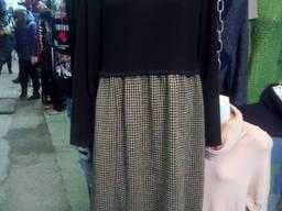 Комбинированное трикотажное платье.