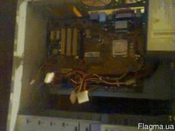 Комплектующие компьютеру жёсткие диски и прочее бу