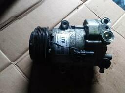 Компрессор кондиционера 1, 7 Opel Astra J 13450513 AJ7
