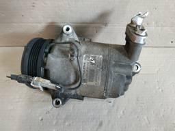 Компрессор кондиционера Opel Astra H 1.6 бензин 13322147