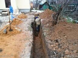 Копка ям, рытье траншей, замена водопровода