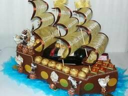 """Корабль из конфет """"Пираты Карибского моря"""""""