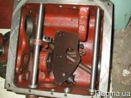 Корпус коробки скоростей 1а616 с крышкой рычагами