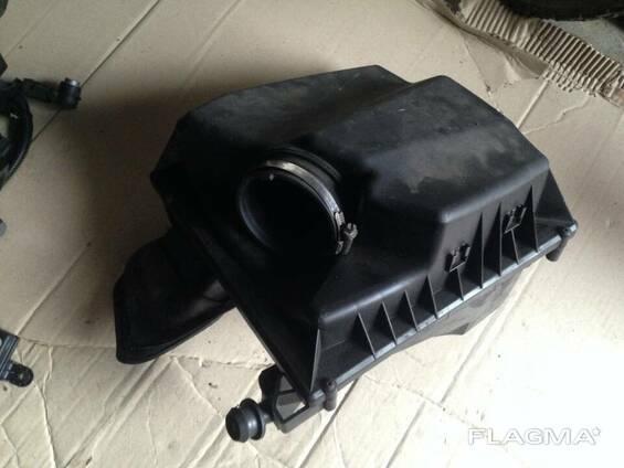 Корпус воздушного фильтра воздухоочиститель 2.0 cdti Opel. ..