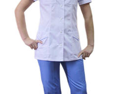 Костюм медицинский женский, белая куртка и голубые брюки