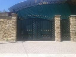 Кованные ворота заказать в Донецке