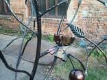 Кованое дерево с почтовым ящиком. - фото 2