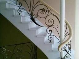 Кованые перила, ограждения для лестниц, балконов в Киеве