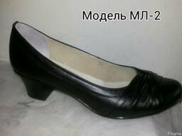 Кожаные классические женски туфли на каблуке кожа