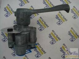Кран (клапан) ручного управления пневмоподвеской полуприцепа - фото 3