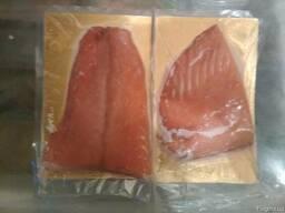 Красная рыба холод. копч. форель филе кусочками