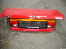 Кришка багажника Mazda 626 купе 1988-1994.