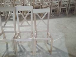 Крісла, стільці, табуретки.