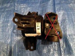 Кронштейн двигателя 21830-2S000 на Hyundai IX 35 10- (Хюндай