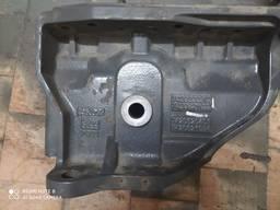 Кронштейн передней рессоры передний левый Renault Premium DX