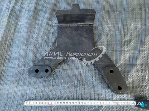 Кронштейн задней опоры двигателя и КПП КрАЗ