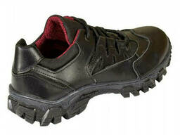 Кроссовки Questor кожаные черные