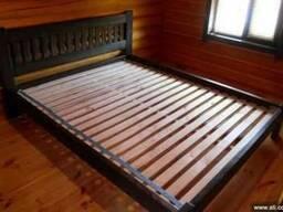 Кровать деревяная 2*1,6м