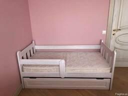 Кровать, кроватка детская. Ясень!