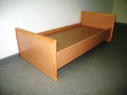 Кровать одноместная размером 190х80 см, спинка деревяная ДСП