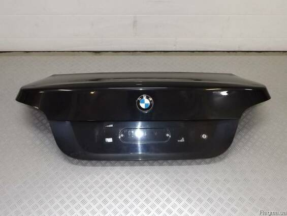 Крышка багажника BMW E60 Sedan Черная 7122441