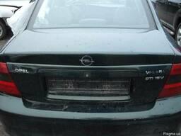 Крышка багажника Opel Vectra В 1995-2002 седан. - фото 2