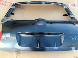Крышка багажника Toyota Auris ляда Тойота Аурис