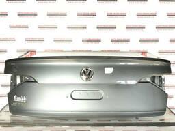 Крышка багажника VW Jetta 19 USA 17A827025