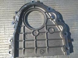 Крышка двигателя левая верхняя на автомобиль Audi Q7