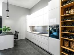 Кухни фасады кухонные уголки столы стулья