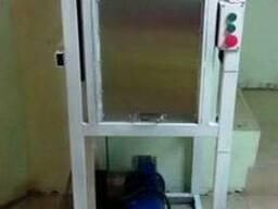 Кухонный лифт-подъёмник нестандартной конструкции.