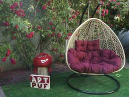 Купити підвісне крісло для двох з ротанга в Україні