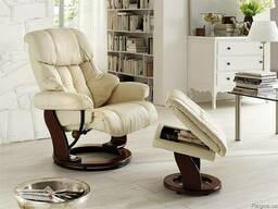 Кресло Релакс с подлокотниками и пуфом в гостинную. Крес
