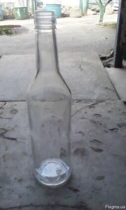 Куплю бутылку водочную б/у 0.5 под винт.