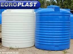 Емкость пластиковая вертикальная для воды 2000л