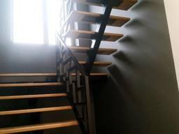 Лестница из металла. Каркас лестницы на центральной несущей