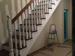 Лестница из ясеня №1 на заказ Киев Одесса
