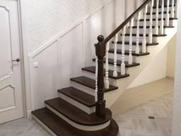 Лестница классика. Отделка лестниц.