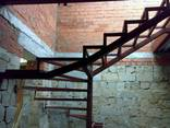 Лестница для дома дачи котеджа на металлокаркасе - фото 4