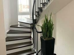 Лестницы для дома из натурального дерева