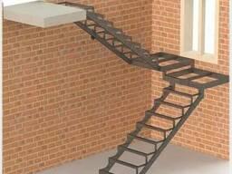 Лестницы металлические: прямые/поворотные/винтовые/хребтовые - фото 5