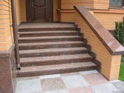 Лестницы, ступени из гранита.