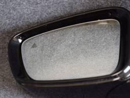 Левое зеркало к BMW G30 G31