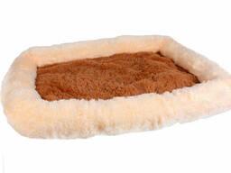 Лежанка Шик для собак и кошек серии Уют 80x62x8 см SKL60-259925