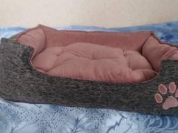 Лежаки (спальное место, домик) для животных собак, кошек и т. д.